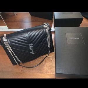 🆕 YSL Tri-Quilt Handbag (Black & Silver)